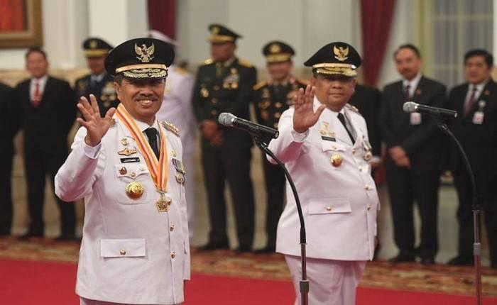 pelantikan syamsuar dan edy nasution di istana negara 1 - Publiknews