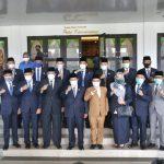 Alfedri Hadiri Pemberhentian dan Pelantikan Anggota DPRD Kabupaten Siak