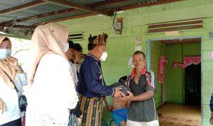 Jumat Barokah, H Asmar Berikan Bantuan Beras Kepada Warga Meranti