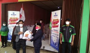 Bagikan 1060 Paket Sembako, PT. Pansaka Gandeng RMB-LHMR Kabupaten Siak